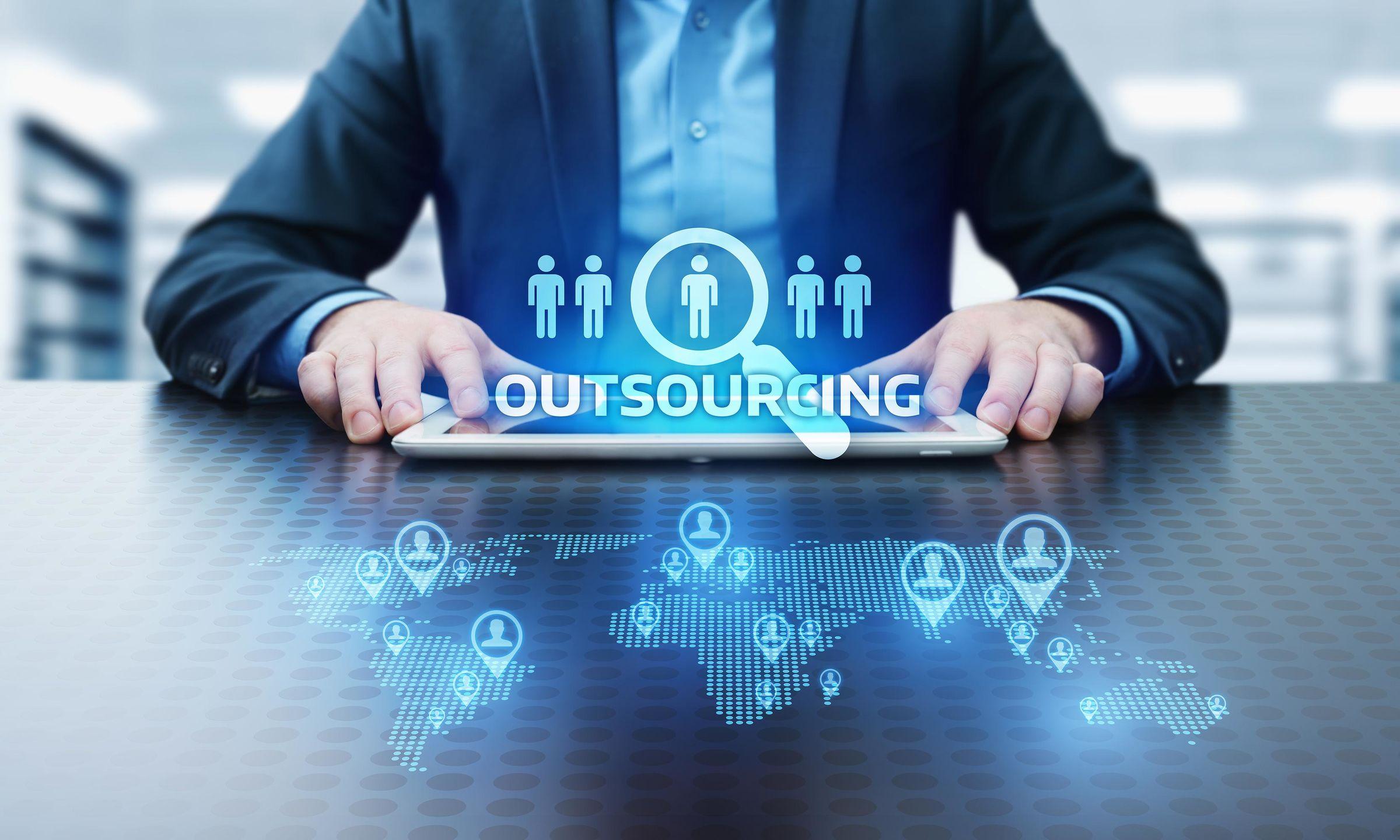 Wann sich Outsourcing lohnt - Chaindson GmbH & Co. KG.